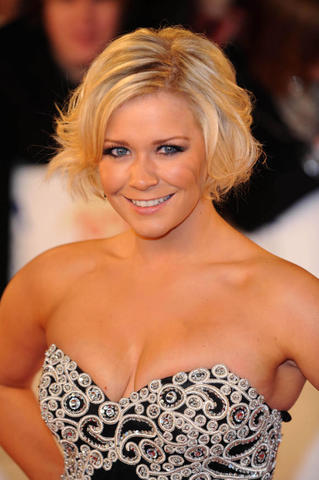 models Suzanne Shaw 19 years undressed foto beach