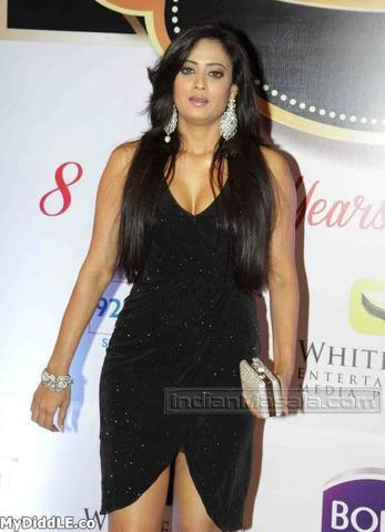 Shweta Tiwari topless photos