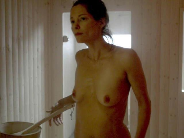Hot photo Sienna Guillory tits
