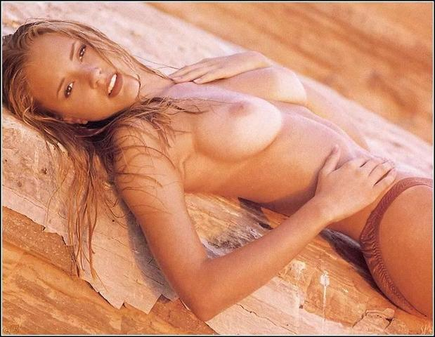 actress Stacy Fuson 20 years exposed pics beach