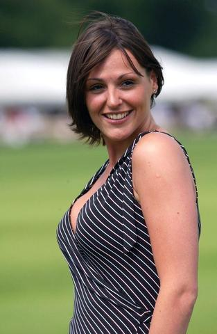 celebritie Suranne Jones 20 years unsheathed snapshot in public