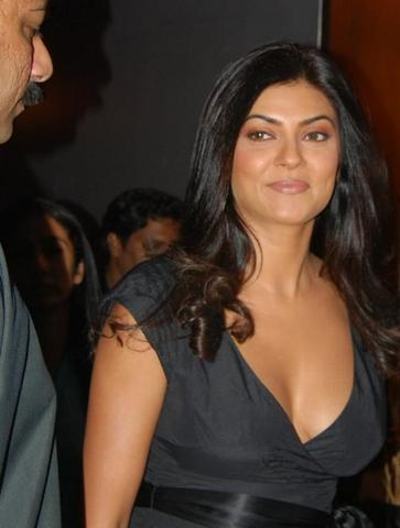 celebritie Sushmita Sen 18 years k naked photography in the club