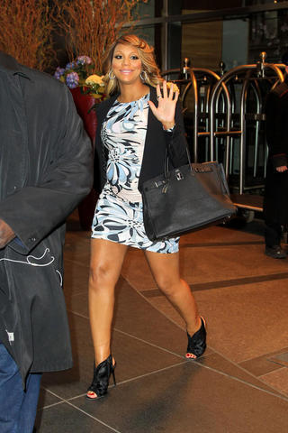 Sexy Tamar Braxton photos High Quality