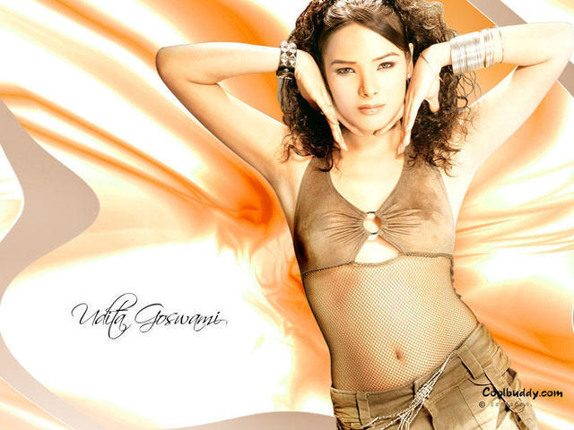 celebritie Udita Goswami 21 years bare-skinned photoshoot home