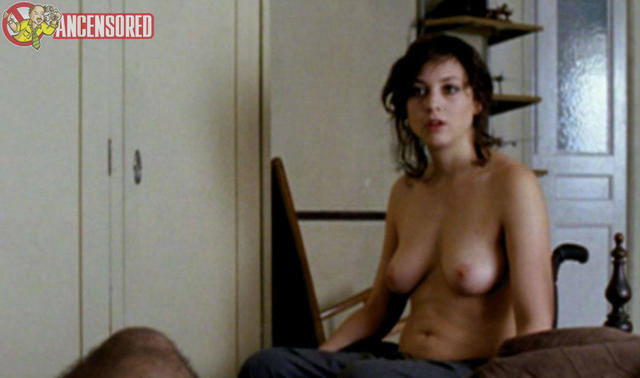 celebritie Leonor Watling 21 years breasts foto home
