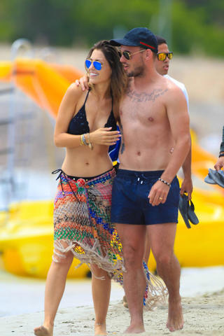 models Yolanthe Sneijder-Cabau 19 years Without slip pics in public
