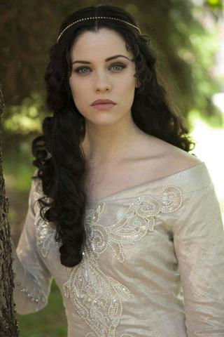 celebritie Jessica De Gouw 19 years bared foto in public