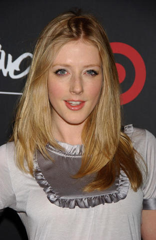 actress Jennifer Finnigan 23 years k naked photo home