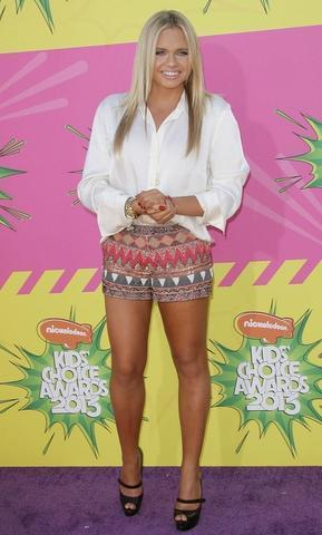celebritie Alli Simpson teen salacious snapshot home