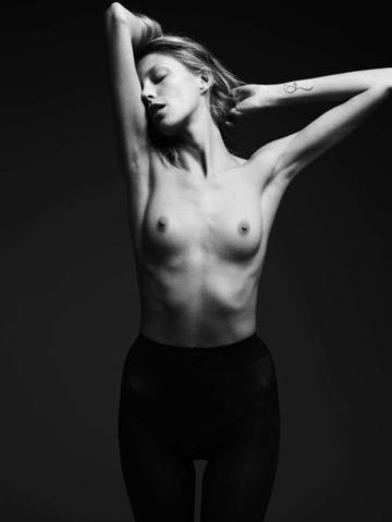 actress Anja Rubik 18 years sensuous art in the club