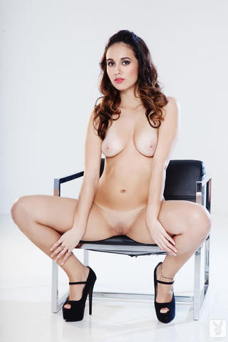 actress Ana Fernández young bare image in public