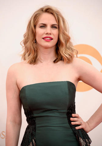 models Anna Chlumsky 21 years swimming suit photography in public