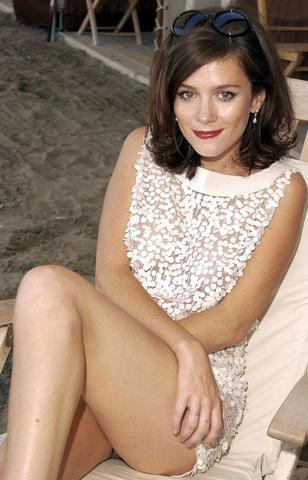 models Anna Friel 24 years naturism photos beach