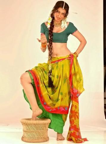 actress Yukta Mookhey 2015 Without panties art home