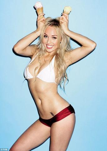 models Jorgie Porter 24 years Without swimming suit photos in public