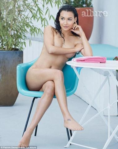 models Naya Rivera 23 years teat photos home