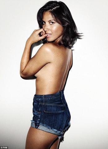 actress Olivia Munn 18 years ass photo home