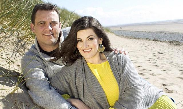 celebritie Jodie Prenger 22 years laid bare pics home