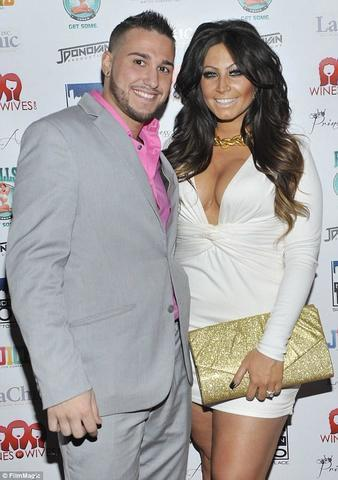 actress Tracy Dimarco 20 years exposed image beach