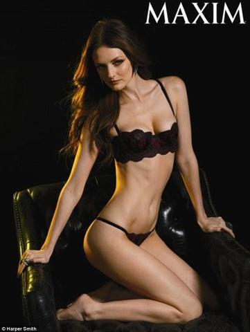 actress Lydia Hearst young lascivious pics beach