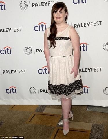 celebritie Jamie Brewer 19 years inviting snapshot home