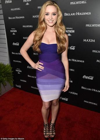celebritie Greer Grammer 18 years unclad image beach