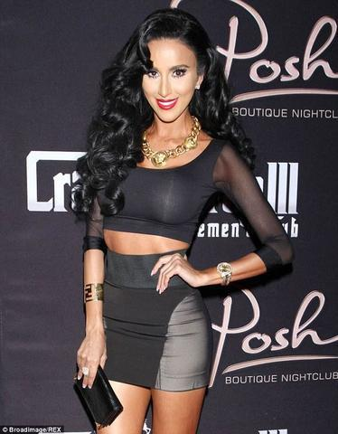 models Lilly Ghalichi young bare-skinned photos beach