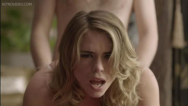 celebritie Billie Piper 25 years carnal foto in public