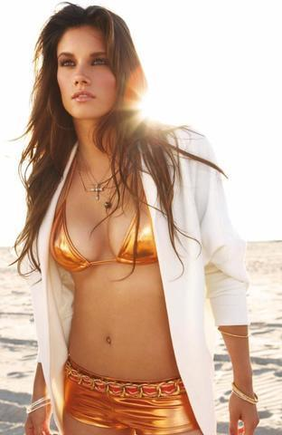 models Missy Peregrym 23 years disclosed photoshoot in public