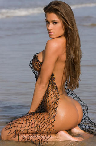 celebritie Brooke Adams 19 years lascivious art beach