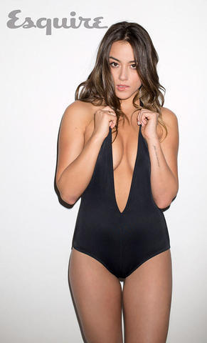actress Chloe Bennet 19 years swimming suit image in the club