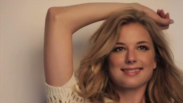 models Emily VanCamp 18 years voluptuous photoshoot home
