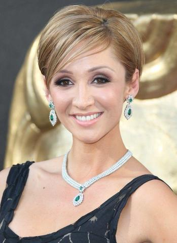 actress Lucy-Jo Hudson 24 years risqué photo in public