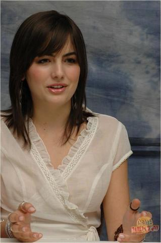 models Camilla Belle 21 years bare pics in public
