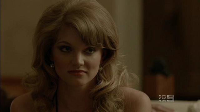 celebritie Cariba Heine 24 years disclosed photos home