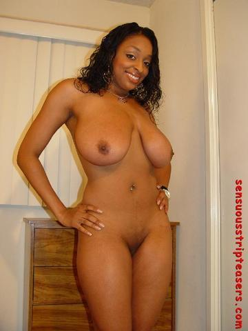 Carmen Hayes nude picture