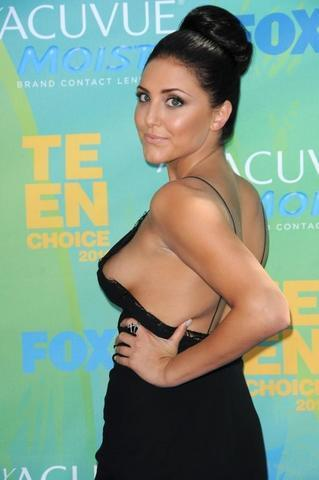 Naked Cassie Scerbo photos