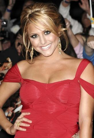 celebritie Cassie Scerbo young bawdy pics in the club