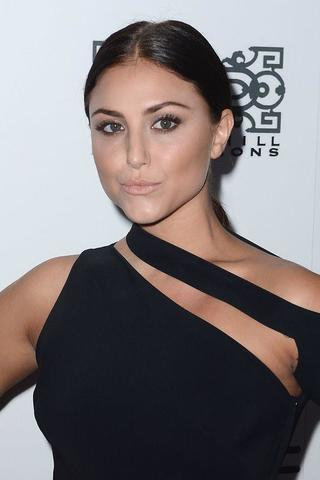 models Cassie Scerbo young unclad photography in the club