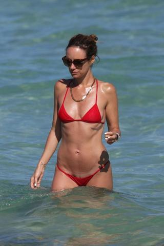celebritie Catt Sadler 18 years bawdy picture in the club