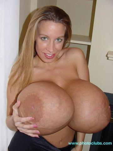 Chelsea Charms topless photography