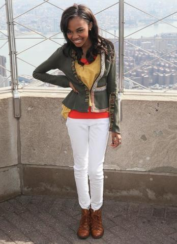 models China Anne McClain 19 years bare photography in public
