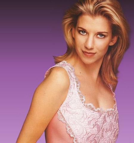 celebritie Claire Goose 23 years provoking foto home