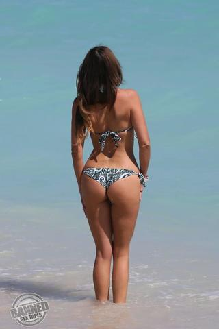 actress Claudia Romani 21 years flirtatious photography home