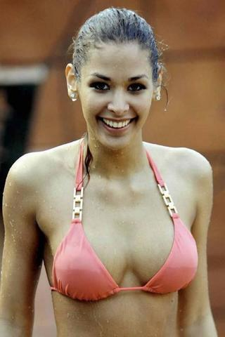 actress Christina McLarty 24 years flirtatious photoshoot in the club