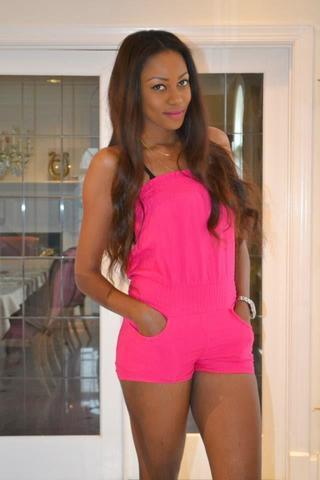 Hot picture Yvonne Nelson tits