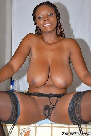 actress Stacy Adams 24 years undress picture in the club