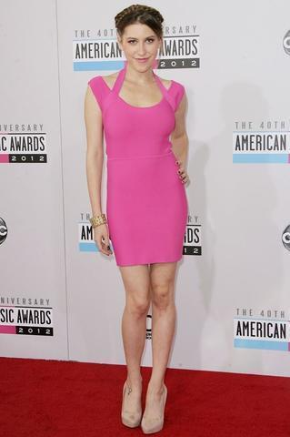 models Eden Sher 18 years Without slip image in the club