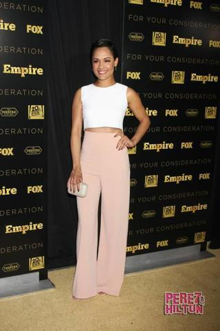 celebritie Grace Gealey 24 years libidinous picture in public