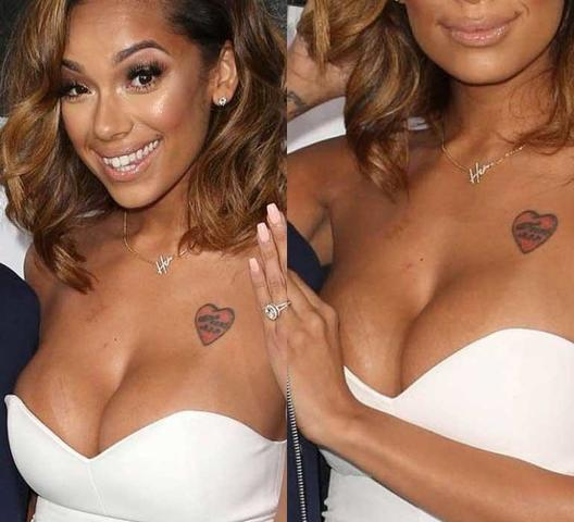 celebritie Erica Mena 19 years bared photo beach